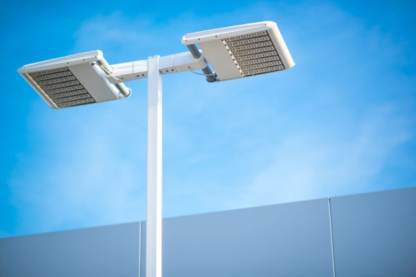 Facilitating smart street lighting