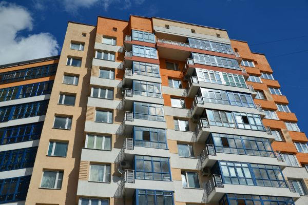 FM Global urges better safety tests for high-rise exterior claddings