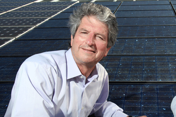 UNSW solar expert is first Australian to win international energy prize