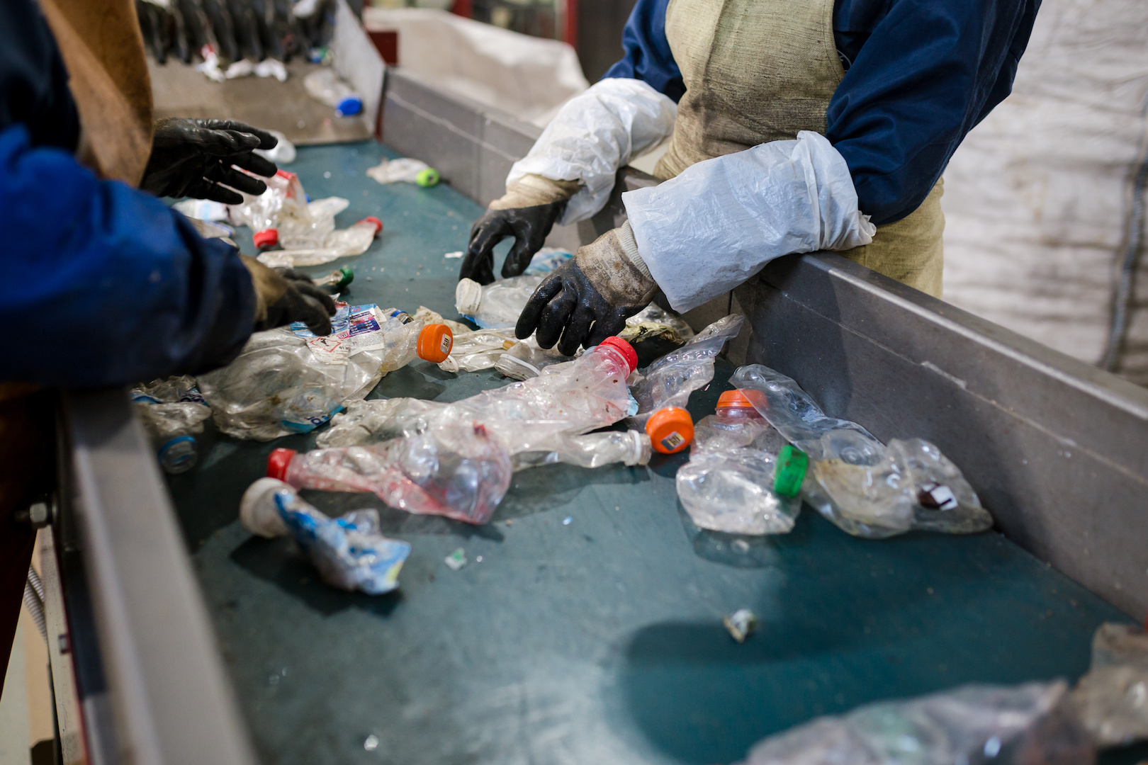 Why is recycling plastic packaging so hard in Australia?