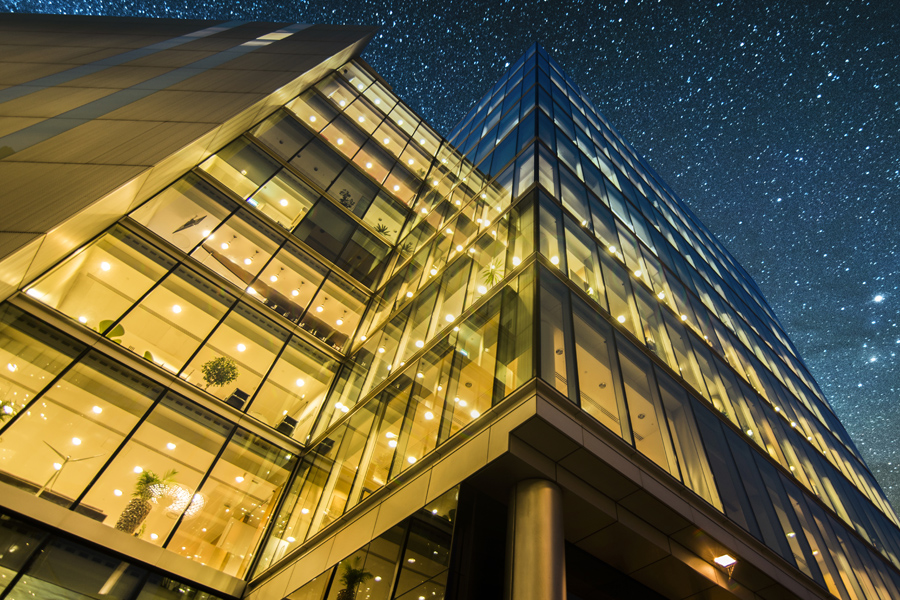Making buildings smart and creating the agile workplace