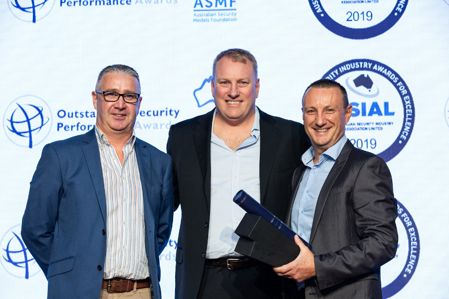 Independent Locksmiths and Security take home ASIAL award